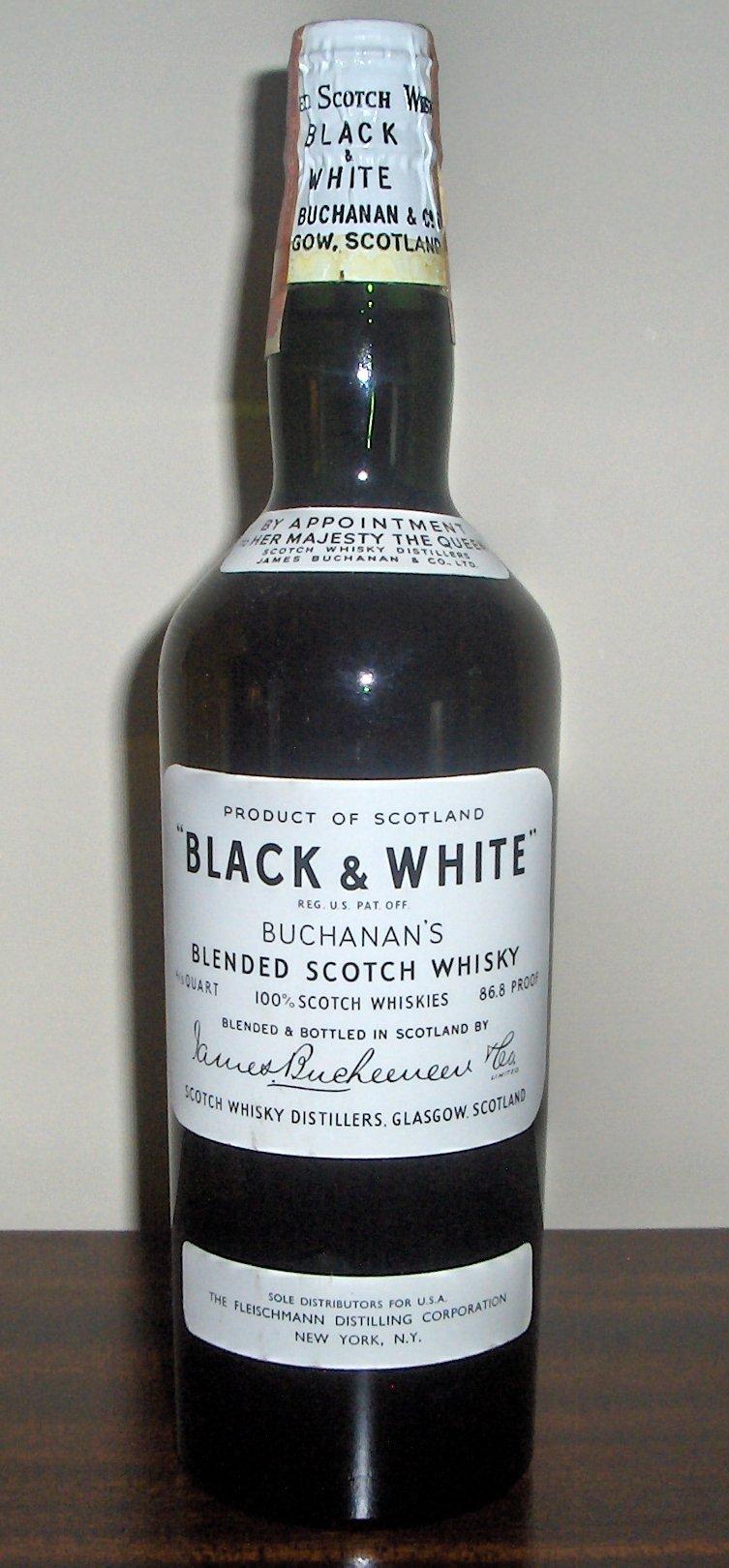 Etichetta Vintage Whiskey Oak Tree Alcohol Bourbon Acorn Strong Tende da doccia Tessuto in poliestere impermeabile con gancio 70x70 pollici